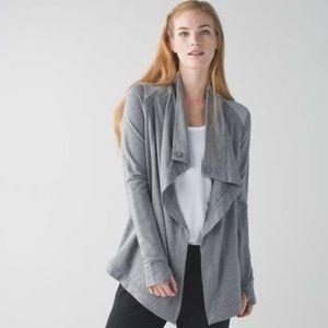 Lululemon Coastal Wrap SZ 4 - Heathered Grey